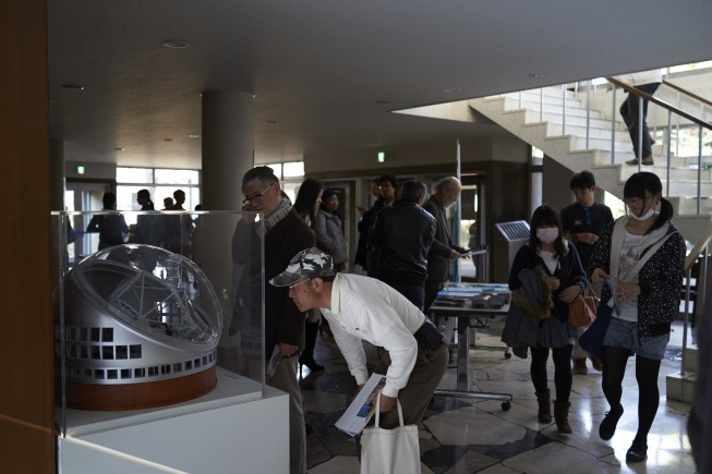 会場入り口ではTMT模型も展示されました。